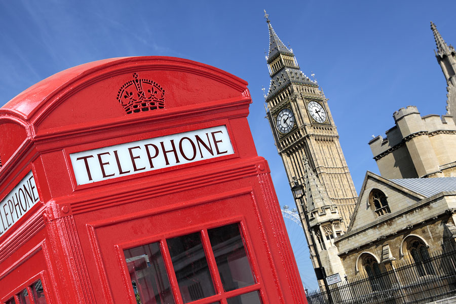 Quo3_HarryPotter_London telephone box, red, big ben