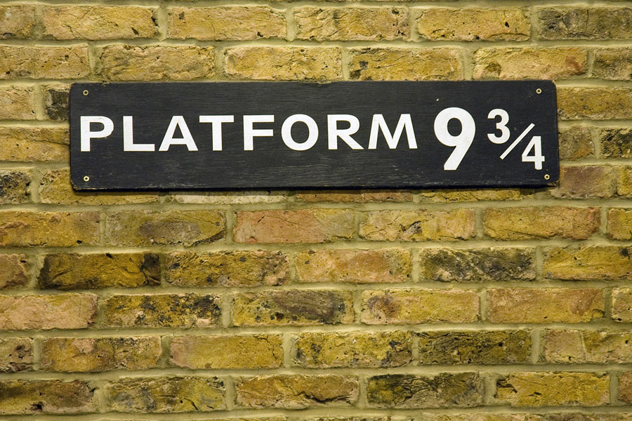 Quo3_HarryPotter_platform 9 and 34