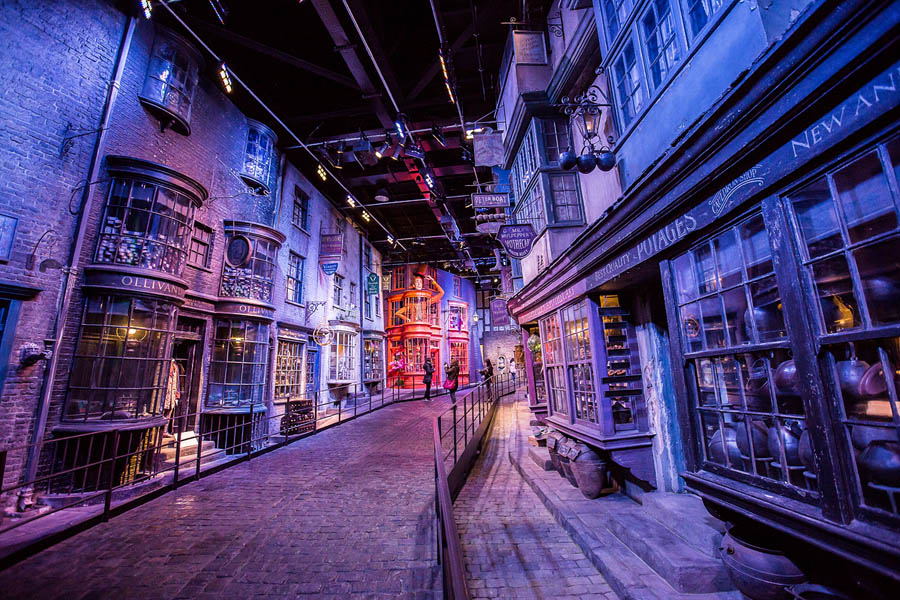 Quo4_Street_Harry_potter_studio