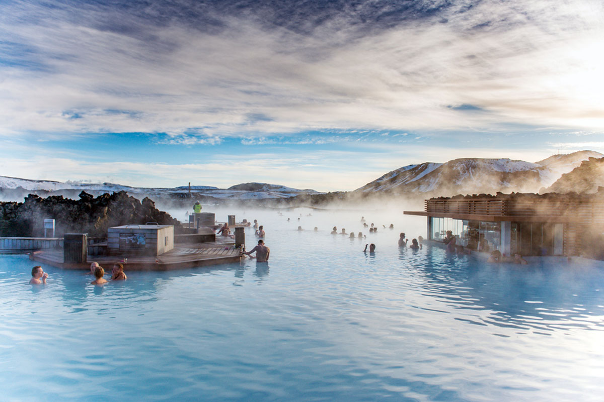 Quo_Iceland_BlueLagoon-SoakingStations_Web