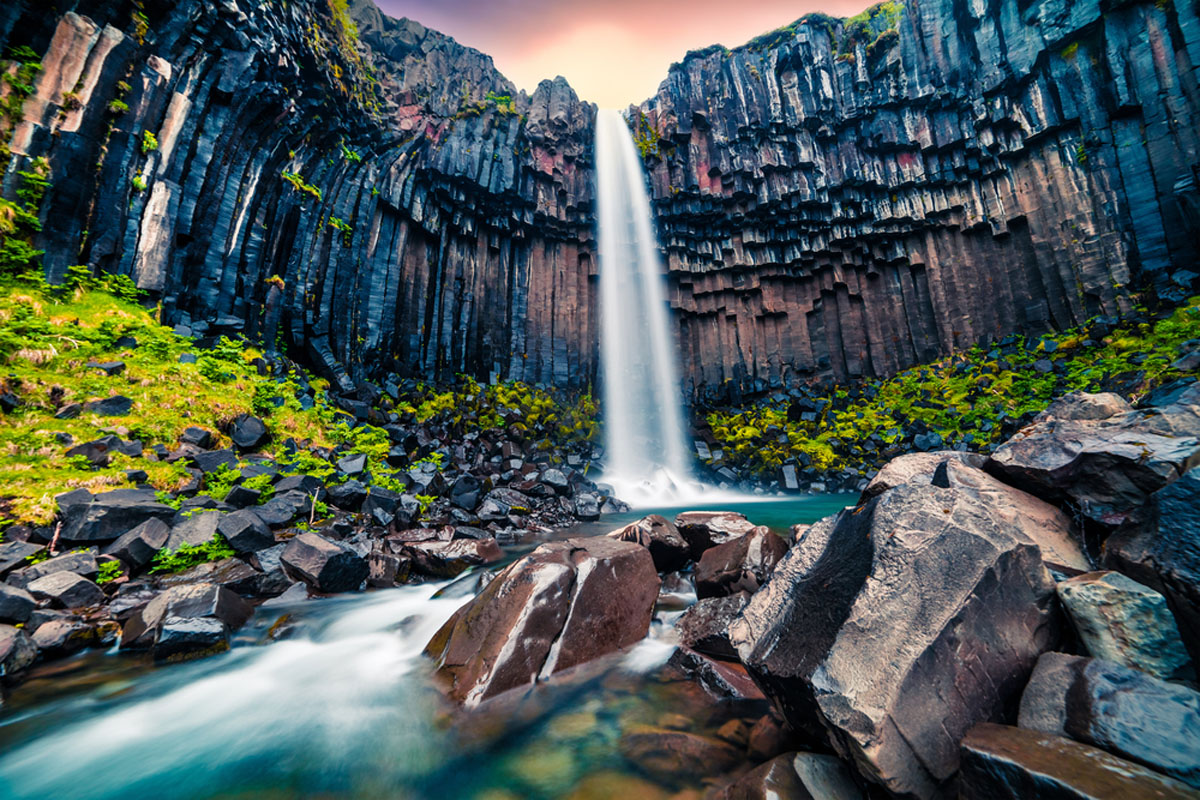 Quo_Iceland_Waterfall-Stacked-Granite_Web